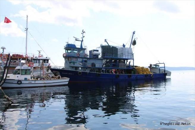 Erdekli balıkçılar bol av için deniz suyunun soğumasını bekliyor