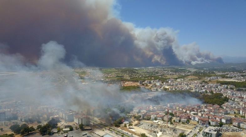 Manavgat yanıyor: En az 3 kişi hayatını kaybetti